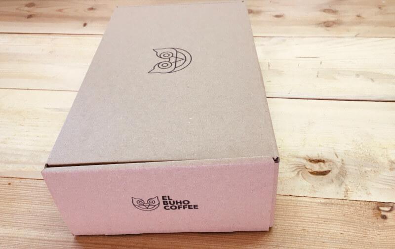 Krabice z recyklovaného papíru